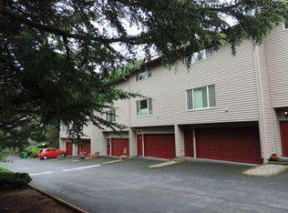 24062 NE Treehill Dr , Wood Village OR
