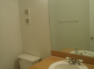 W Th Pl Hialeah FL Zillow - Bathroom place hialeah