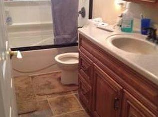 Bathroom Vanities Lake Zurich Il 23661 n cedar ln, lake zurich, il 60047 | zillow
