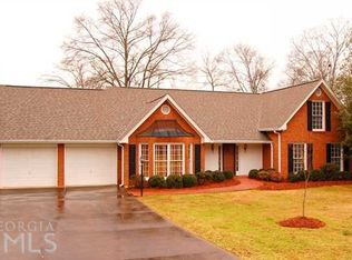 232 Parkview Dr , Cartersville GA