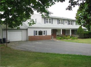 142 Cherry Hill Rd , Branford CT