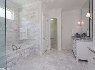 Contemporary Laundry Room In Little Rock Ar Zillow Digs