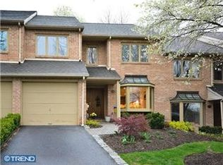 105 Amity Dr , Chesterbrook PA