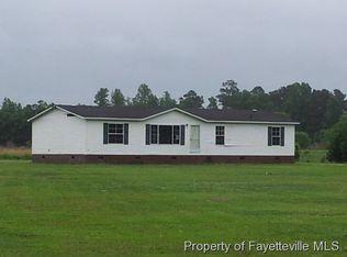 1843 Bladen Union Church Rd , Fayetteville NC
