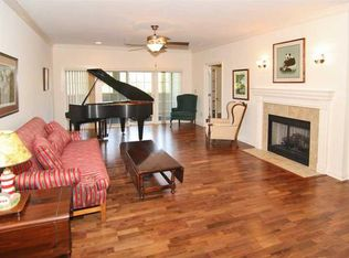 8555 One West Dr Apt 203, Indianapolis IN