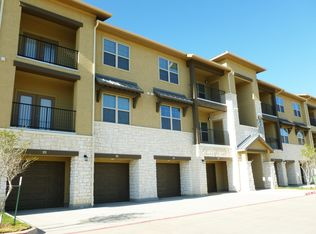 Texas · Frisco · 75033; Parkview Apartments