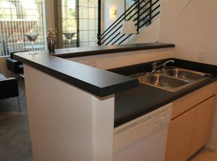 the prescott on thomas apartments phoenix az zillow. Black Bedroom Furniture Sets. Home Design Ideas