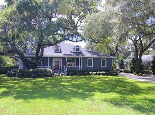 2351 NE Coachman Rd , Clearwater FL