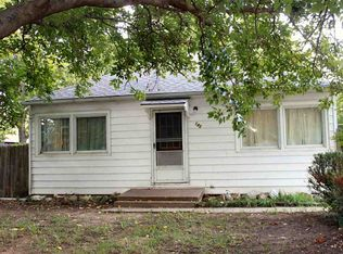 142 S 3rd St , Clearwater KS