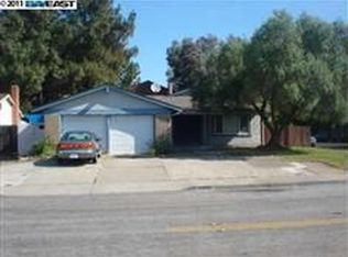 32338 Crest Ln , Union City CA