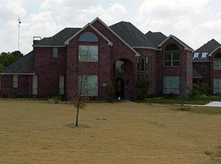 2106 Holly Ridge Ct , Cedar Hill TX