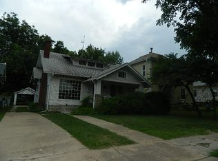 1502 E 9th Ave , Winfield KS