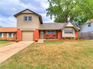 121 SW 16th St , Moore OK