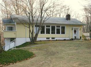 58 Blue Ridge Rd , Ridgefield CT