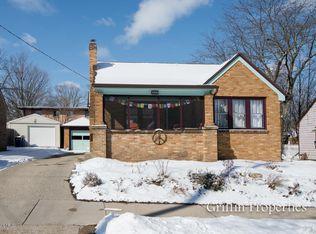 1359 Emerald Ave NE , Grand Rapids MI