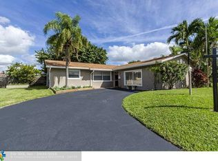 1901 NW 43rd St , Oakland Park FL