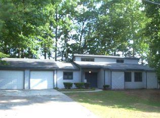 764 Farm Creek Rd NE , Woodstock GA