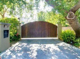 4545 Noeline Ave , Encino CA