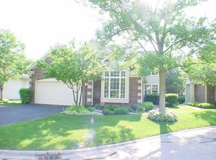 2024 N Dunhill Ct N , Arlington Heights IL