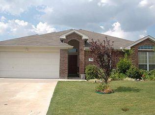 611 Clairmont St , Farmersville TX