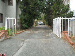 4551 Dempsey Ave , Encino CA