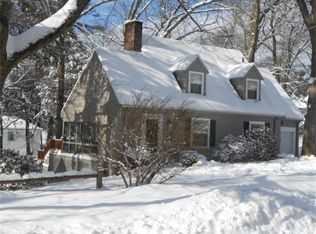 90 Outlook Rd , Wakefield MA