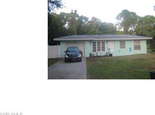 1245 Lansdale Dr , North Fort Myers FL