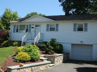 127 Blueridge Rd , Fairfield CT