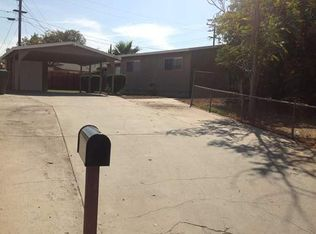 1012 Sycamore Ln , Corona CA