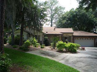 104 Cedar Way , Yalaha FL