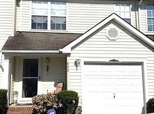 952 Allendale Dr , Hampton VA