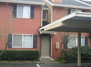 412 Center Rd Apt B10, Everett WA
