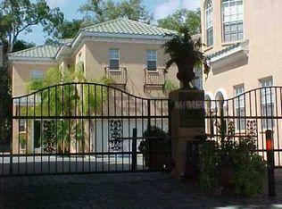2920 Hansen Manor Ln , Tampa FL