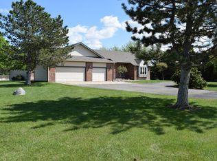 2520 N Cedar Crest Dr , Wichita KS