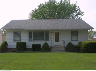 734 Dickerson Rd , Willowick OH