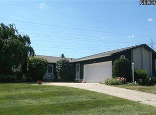 13871 Bennington Blvd , Middleburg Heights OH