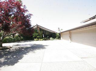 5200 Old Redwood Rd , Oakland CA