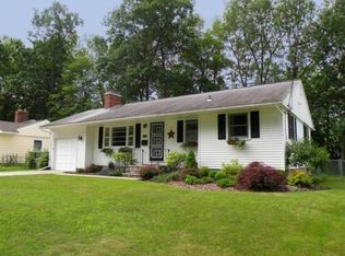 147 Green Acres Dr , Burlington VT