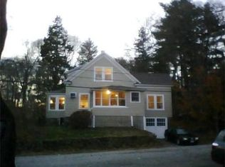 9 Sutherland St , Andover MA