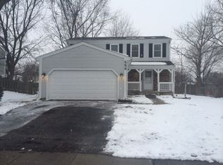 688 Shining Water Dr , Carol Stream IL