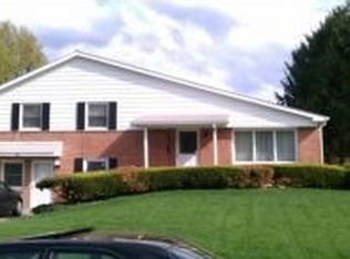 24 Scarsdale Dr , Camp Hill PA