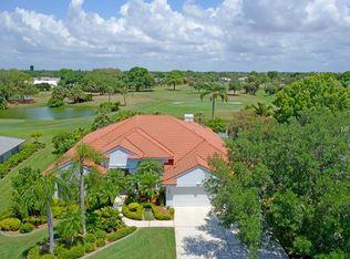3903 Torrey Pines Blvd , Sarasota FL