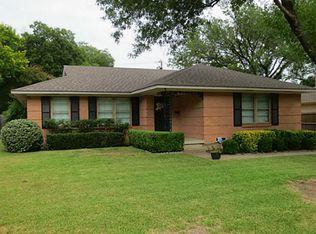 9116 Livenshire Dr , Dallas TX