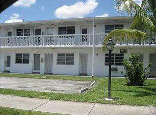 15 NW 204th St Apt 10, Miami FL