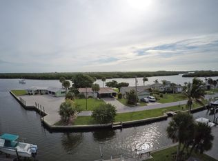 1315 Holiday Dr Englewood FL 34223