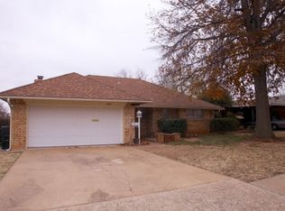 813 W Silver Meadow Dr , Midwest City OK