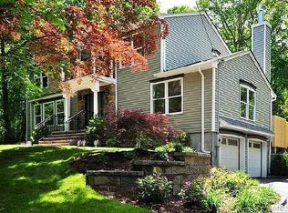 30 Timberpoint Dr , Northport NY