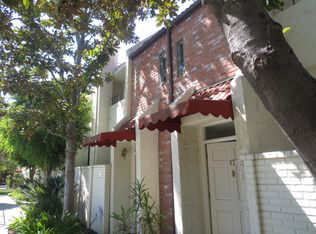 6540 Hayvenhurst Ave Unit 17, Van Nuys CA