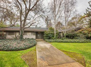 1099 W San Bruno Ave , Fresno CA