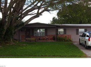 736 Camellia Dr , North Fort Myers FL